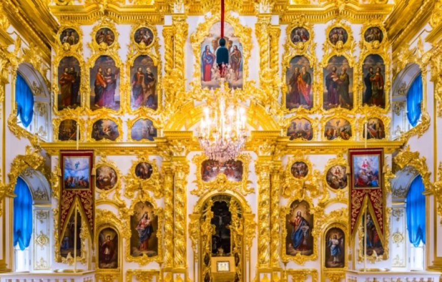 Icons at Peter and Paul Church in Peterhof Palace